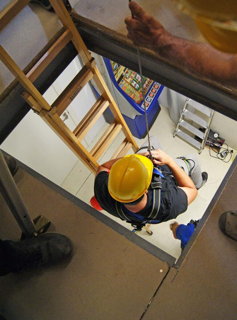 Confined Space inc Safety Observer